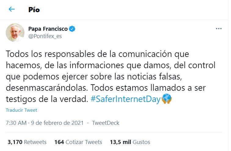 Papa Francisco pide desenmascarar las noticias falsas y ser responsables en la difusión de información